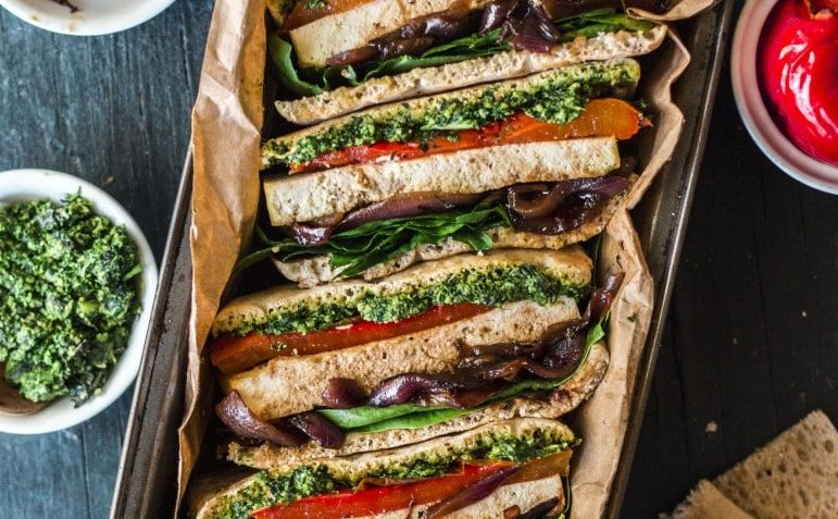 VEGAN RECIPE FOR BAKED TOFU SANDWICH WITH PESTO